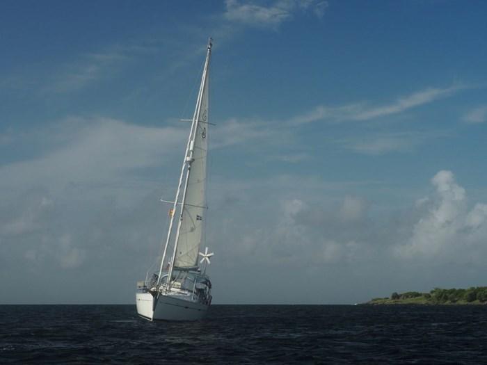 2003 Beneteau Oceanis 393 Photo 3 sur 29