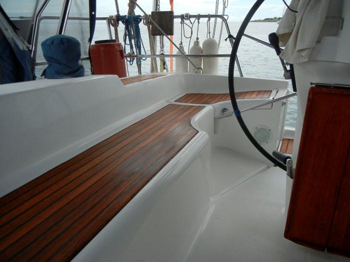 2003 Beneteau Oceanis 393 Photo 16 sur 29