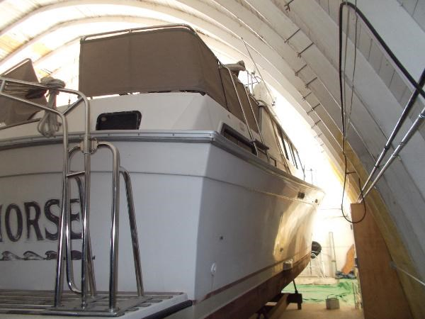 1983 Silverton 40 AFT CABIN MY Photo 4 of 21