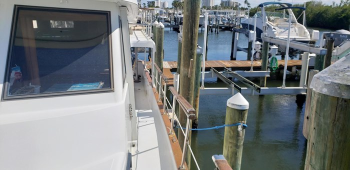 1987 Sea Ranger Pilothouse Photo 12 of 56