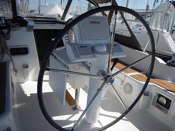 2013 Beneteau Photo 12 of 61
