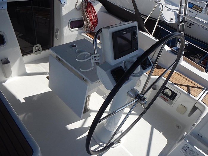 2013 Beneteau Photo 16 of 61