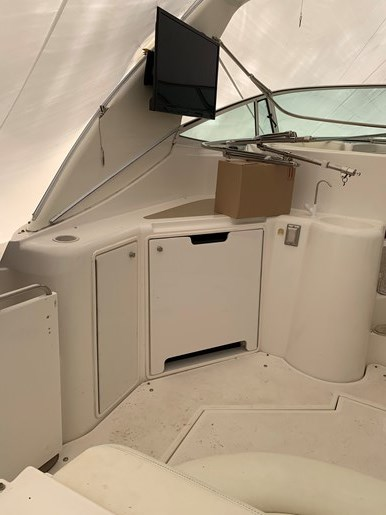 2000 Cruisers Yachts 3870 Esprit Photo 30 of 30