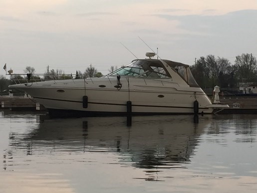 2000 Cruisers Yachts 3870 Esprit Photo 21 of 30