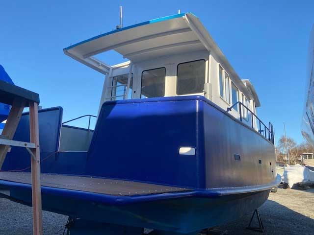 2000 Custom Steel Trawler 43 Trawler Photo 4 of 10