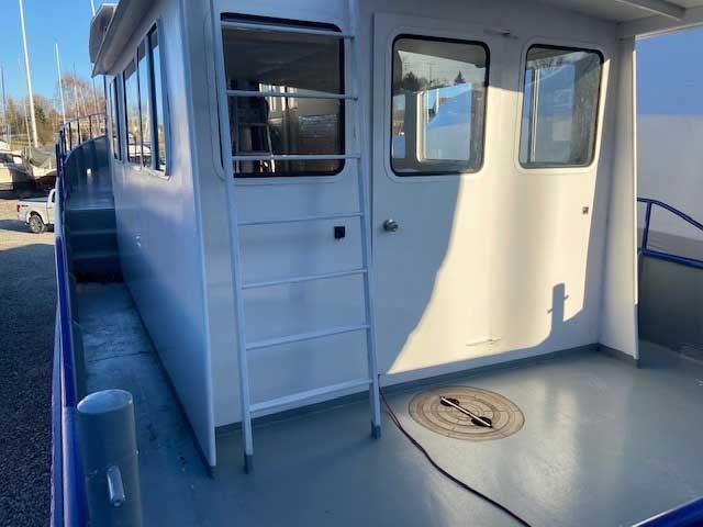 2000 Custom Steel Trawler 43 Trawler Photo 5 of 10