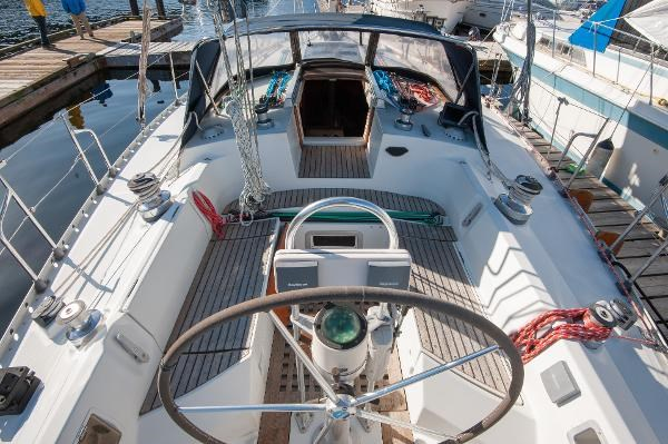 1986 Beneteau First 405 Photo 5 of 61