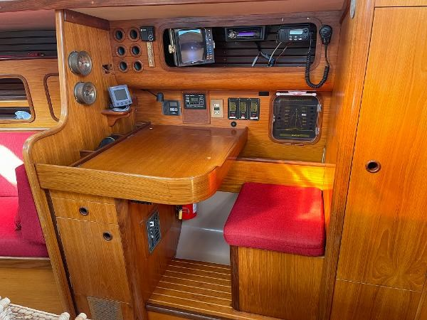 1986 Beneteau First 405 Photo 31 of 61