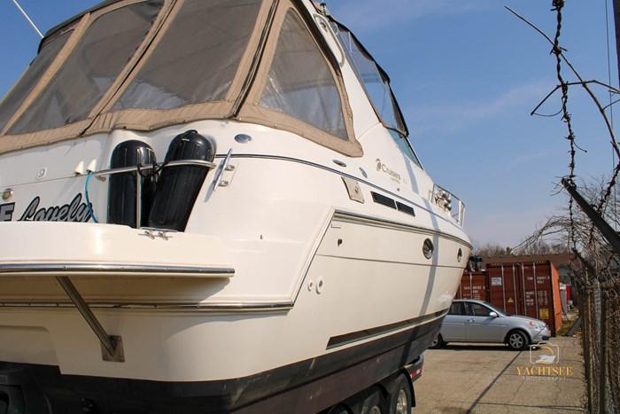 2002 Cruisers Yachts 3372 Photo 12 of 99