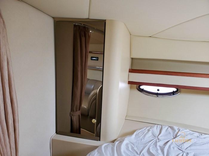 2002 Cruisers Yachts 3372 Photo 71 of 99
