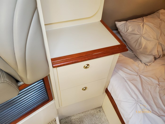 2002 Cruisers Yachts 3372 Photo 81 of 99