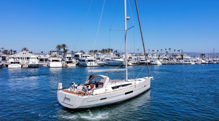 2018 Dufour Yachts 520 Grand Large Photo 2 of 27