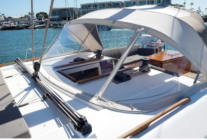 2018 Dufour Yachts 520 Grand Large Photo 4 of 27