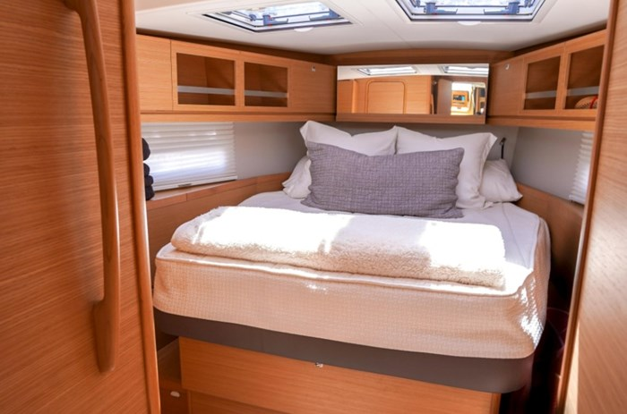 2018 Dufour Yachts 520 Grand Large Photo 13 of 27