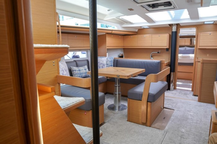 2018 Dufour Yachts 520 Grand Large Photo 16 of 27