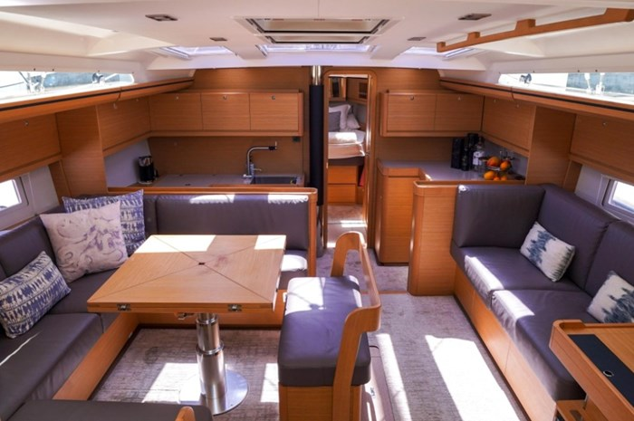 2018 Dufour Yachts 520 Grand Large Photo 18 of 27