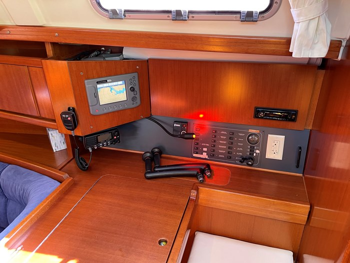 2008 Dufour Yachts 365 Grand Large Photo 2 of 34