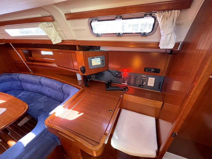 2008 Dufour Yachts 365 Grand Large Photo 3 of 34