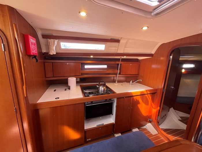2008 Dufour Yachts 365 Grand Large Photo 9 of 34