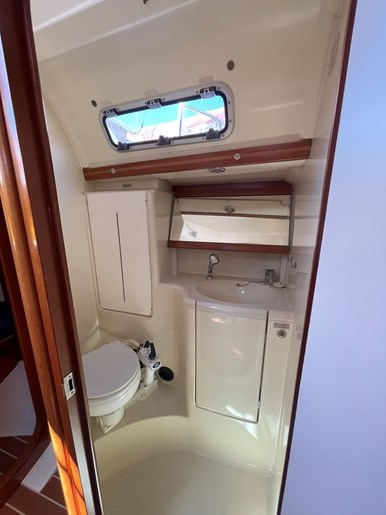 2008 Dufour Yachts 365 Grand Large Photo 10 of 34