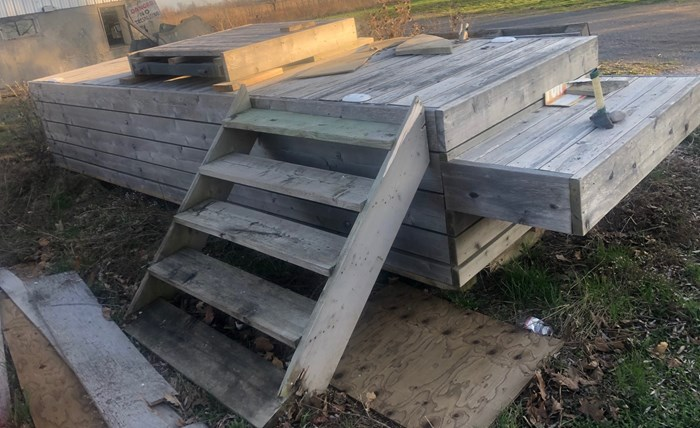2016 2016 18' X 5' Dock Wood over steel frame Photo 1 sur 2