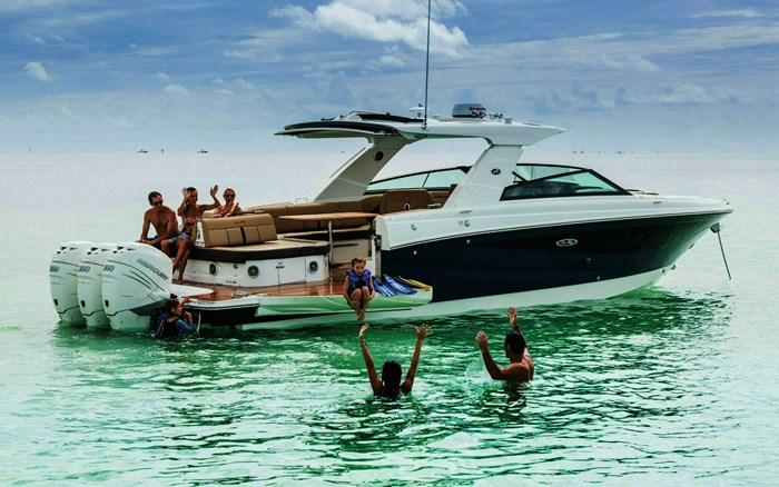 2020 Sea Ray 400 SLX Photo 2 sur 3