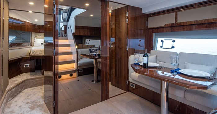 2021 Fairline 45 GT Photo 8 of 14