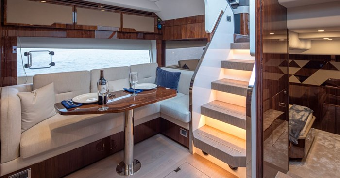 2021 Fairline 45 GT Photo 12 of 14