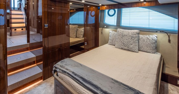 2021 Fairline 45 GT Photo 13 of 14