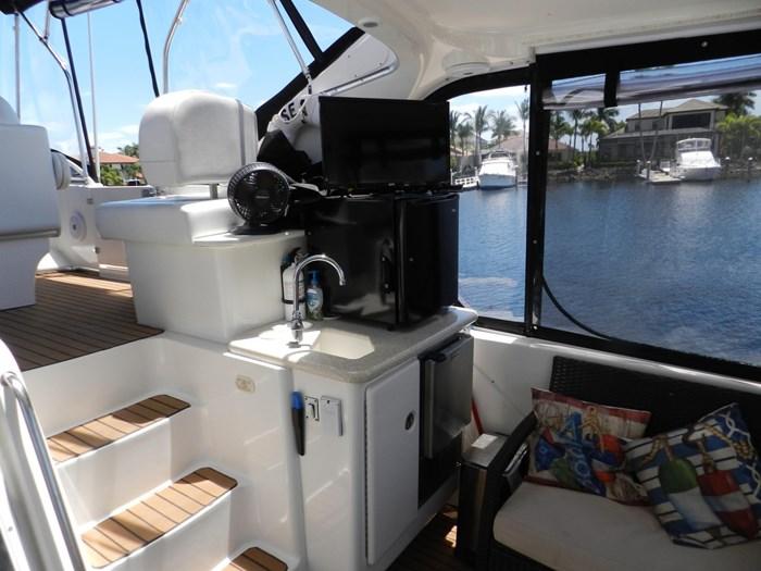 2004 Silverton 39 Motor Yacht Photo 17 of 84