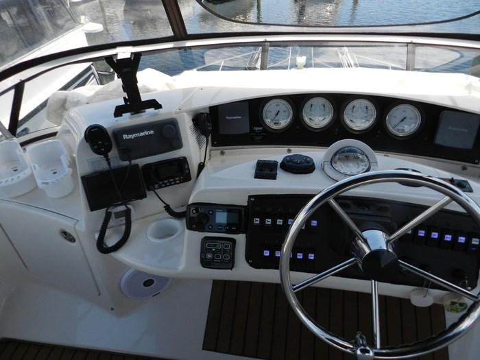 2004 Silverton 39 Motor Yacht Photo 30 of 84