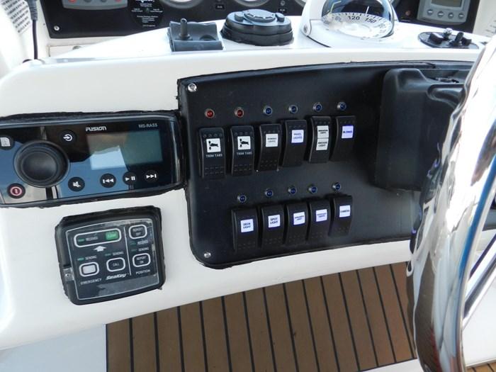 2004 Silverton 39 Motor Yacht Photo 36 of 84