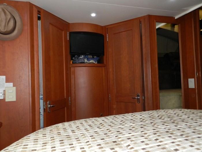 2004 Silverton 39 Motor Yacht Photo 71 of 84