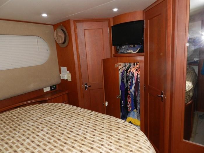 2004 Silverton 39 Motor Yacht Photo 75 of 84