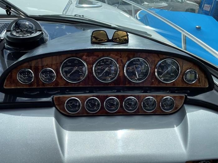 2002 Cobalt 360 luxury sport cruiser 1 owner fresh water 60mph Photo 7 sur 53