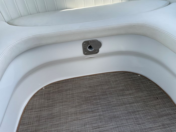 2002 Cobalt 360 luxury sport cruiser 1 owner fresh water 60mph Photo 14 sur 53