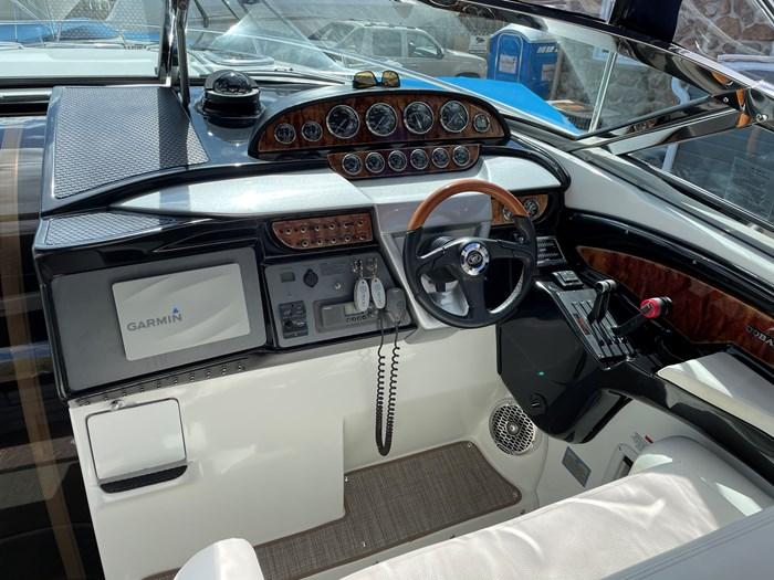 2002 Cobalt 360 luxury sport cruiser 1 owner fresh water 60mph Photo 15 sur 53