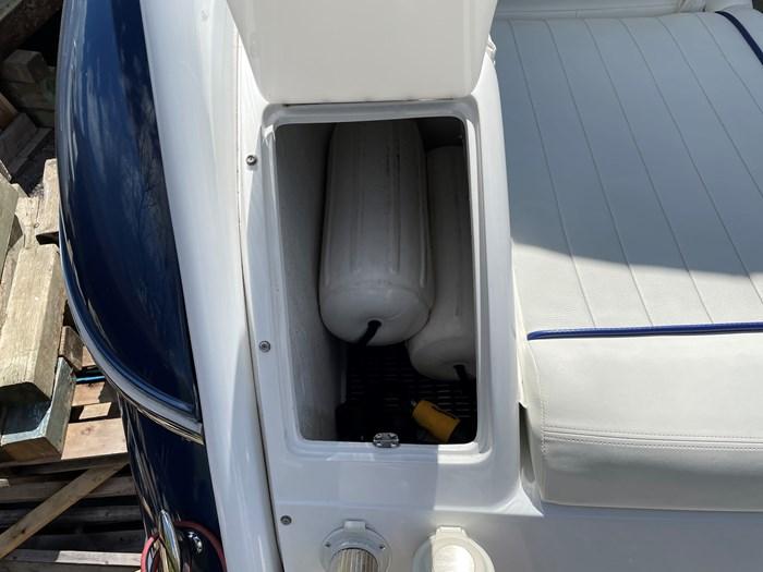 2002 Cobalt 360 luxury sport cruiser 1 owner fresh water 60mph Photo 17 sur 53