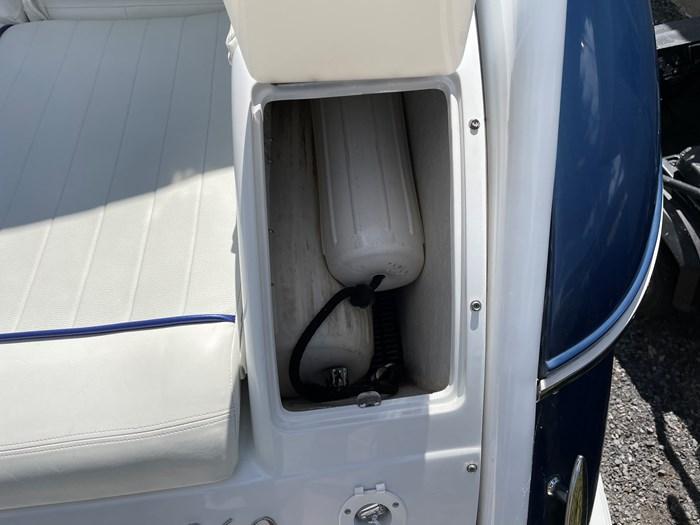 2002 Cobalt 360 luxury sport cruiser 1 owner fresh water 60mph Photo 19 sur 53