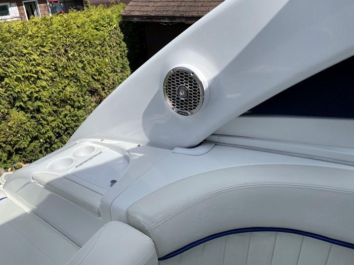 2002 Cobalt 360 luxury sport cruiser 1 owner fresh water 60mph Photo 23 sur 53