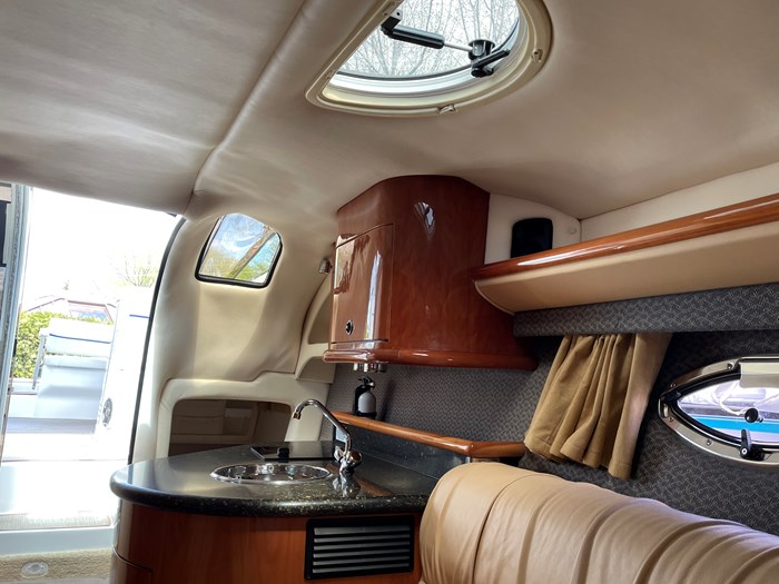2002 Cobalt 360 luxury sport cruiser 1 owner fresh water 60mph Photo 34 sur 53