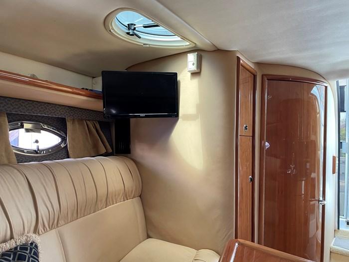 2002 Cobalt 360 luxury sport cruiser 1 owner fresh water 60mph Photo 39 sur 53