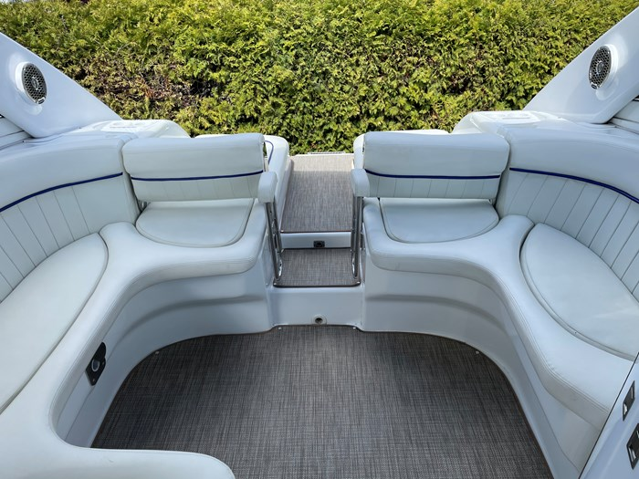 2002 Cobalt 360 luxury sport cruiser 1 owner fresh water 60mph Photo 48 sur 53