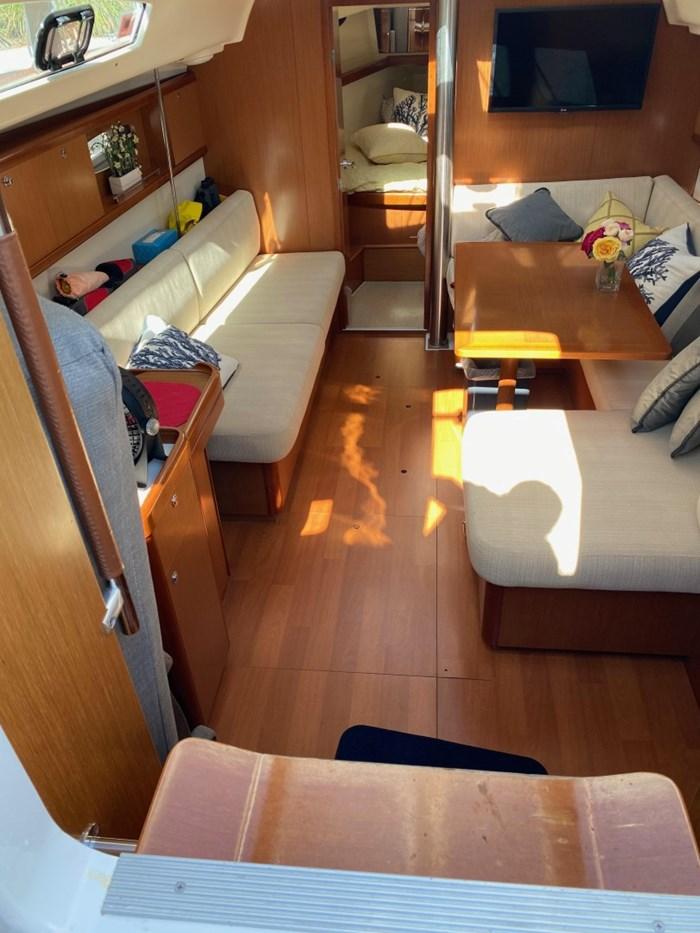 2008 Beneteau Oceanis 40 Photo 23 of 32
