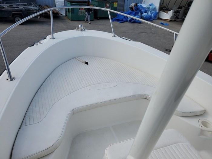 2015 Boston Whaler 190 Outrage Photo 2 sur 5