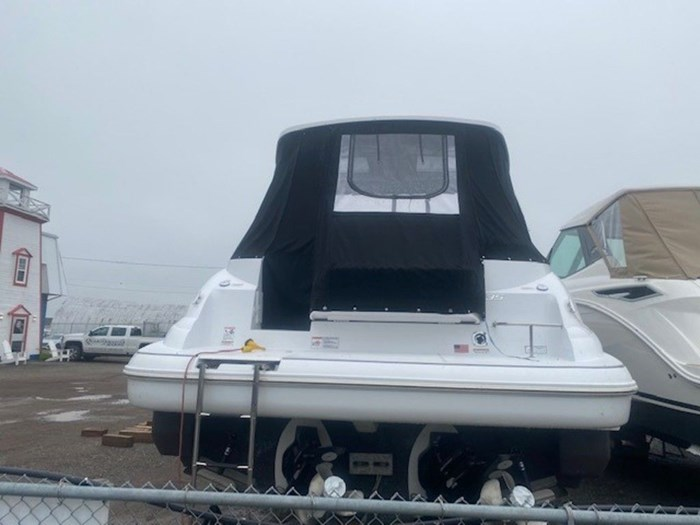 2021 Cruisers Yachts 35 Express Photo 2 sur 6