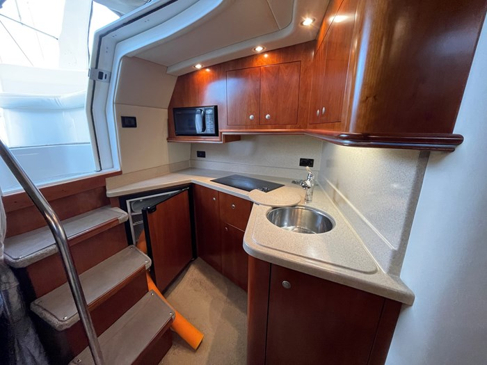2007 Cruisers Yachts 340 Express Photo 14 sur 30