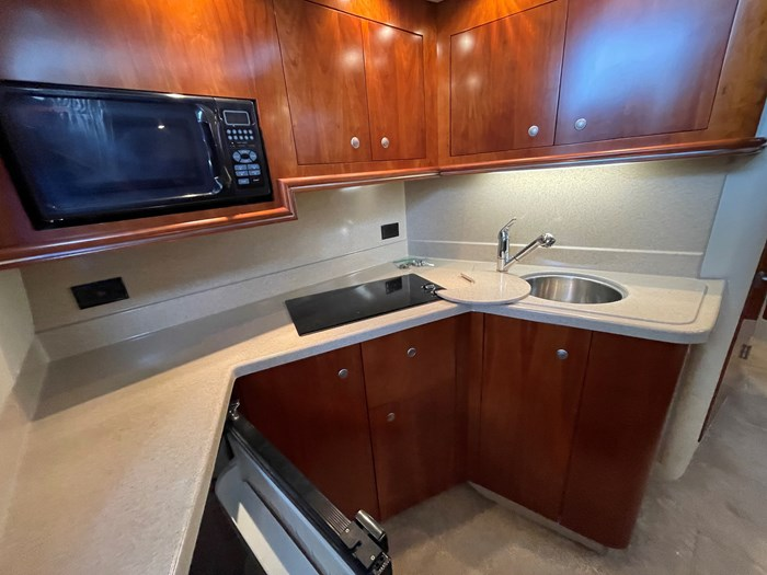 2007 Cruisers Yachts 340 Express Photo 15 sur 30
