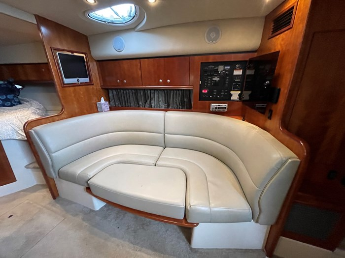 2007 Cruisers Yachts 340 Express Photo 18 sur 30