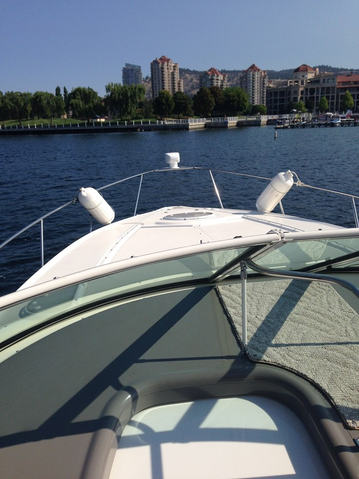 2007 Cruisers Yachts 340 Express Photo 28 sur 30